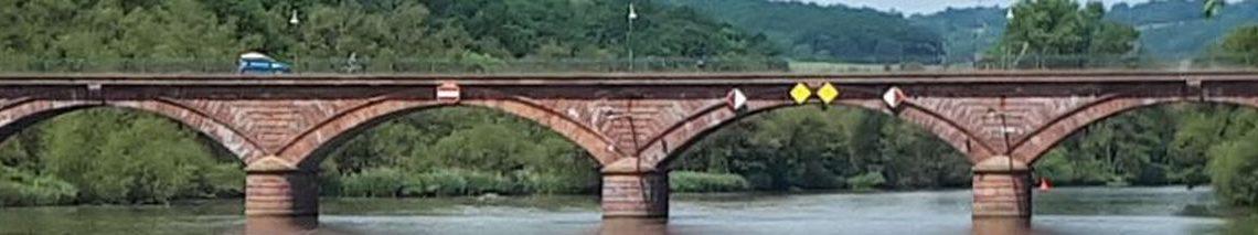 DAS Wahrzeichen von Hädefeld: Die Mainbrücke
